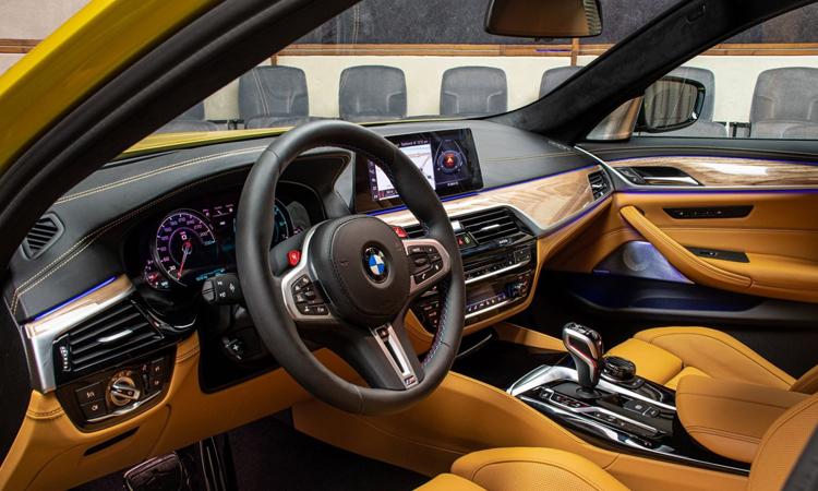 ดีไซน์ภายใน BMW M5 Competition