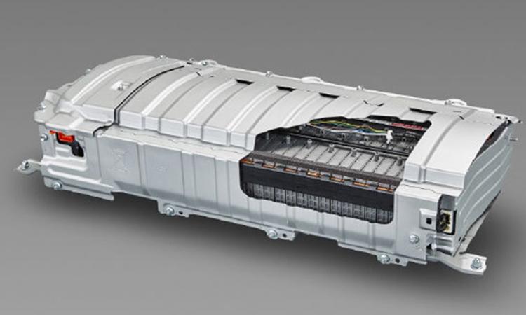 แบตเตอร์รี่ Toyota C-HR KARL LAGERFELD Hybrid High