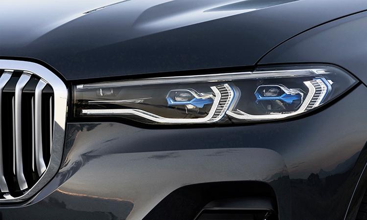 ไฟหน้า BMW X7 M50d