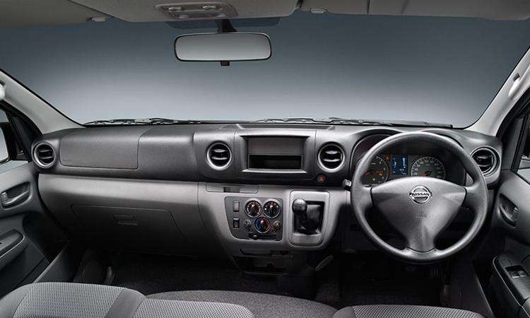 ภายใน Nissan Urvan