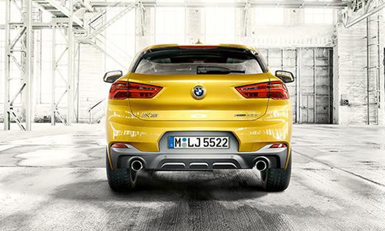 ท้าย BMW X2
