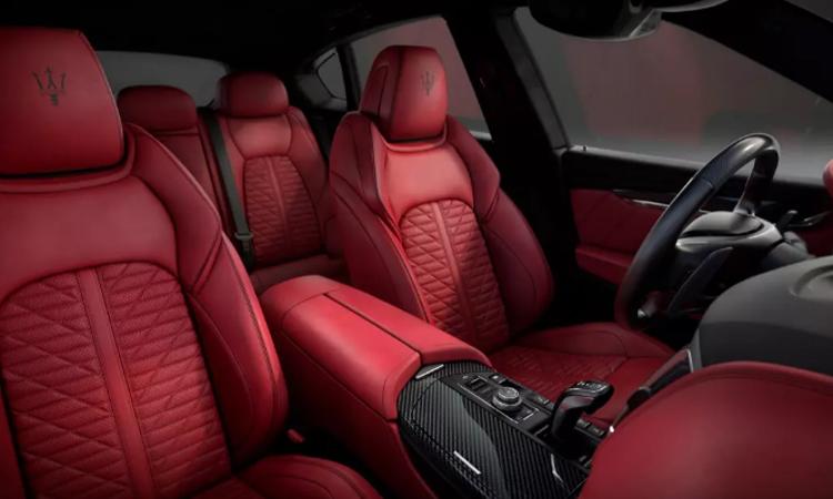 ภายใน Maserati Levante รุ่น Grigio Matte Edition