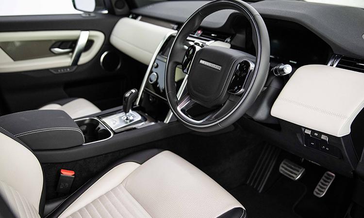 ดีไซน์ภายใน Land Rover DISCOVERY Sport