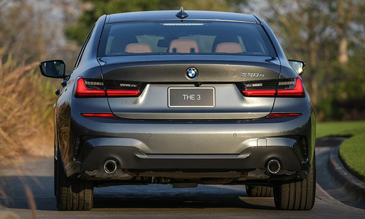 ท้าย BMW 330e M Sport (Plug-in Hybrid)