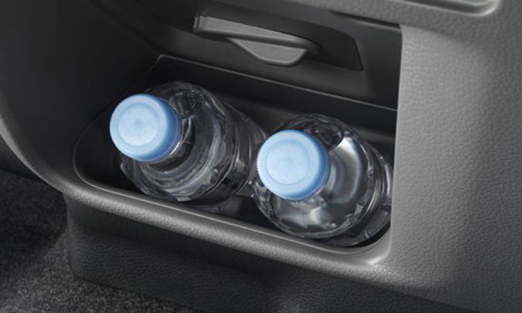 ที่วางขวดน้ำ Nissan Urvan