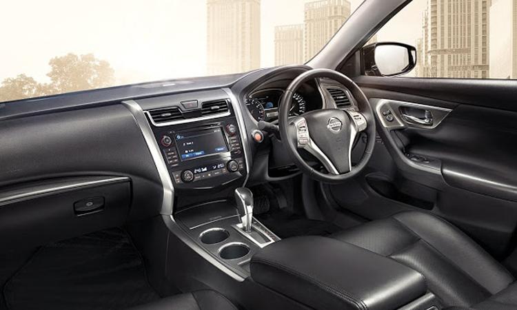ภายใน Nissan Teana Minorchange