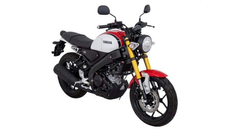 Yamaha XSR155 สีแดงขาว