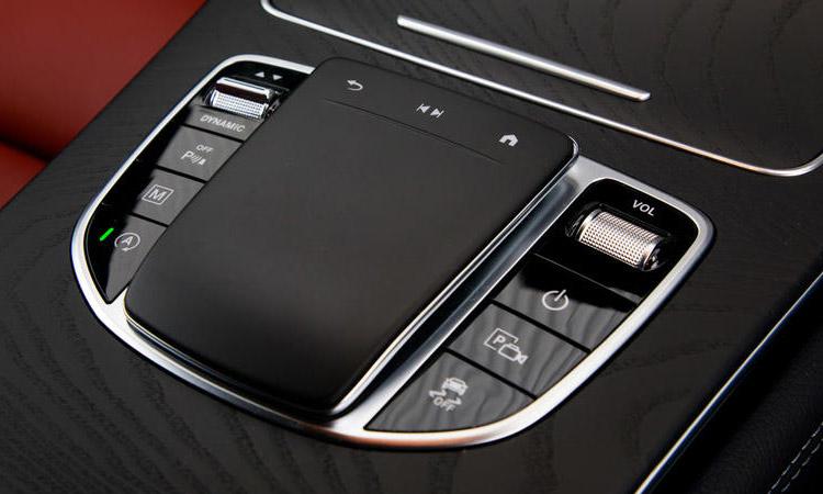 แท่นควบุมMercedes-Benz GLC 300e Coupe'