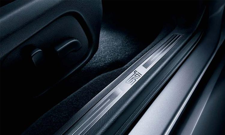 โลโก้บันได Subaru WRX S4 STI Sport