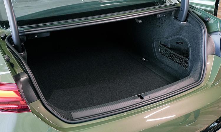 ที่เก็บของด้านหลัง Audi A5 Coupé