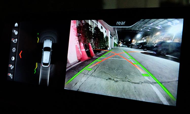 กล้องมองรอบคัน BMW X4 xDrive20d M Sport X