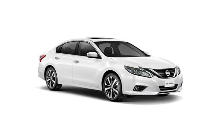 Nissan Teana Minorchange สี STORM WHITE