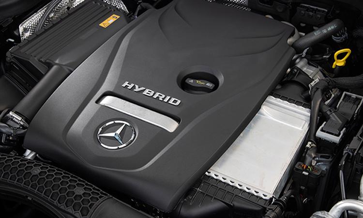 เครื่องยนต์Mercedes-Benz GLC 300e Coupe'