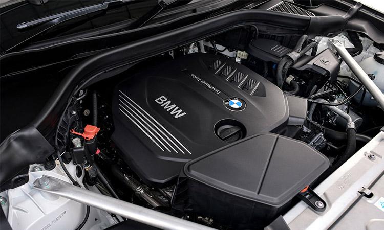 เครื่องยนต์ BMW X4 xDrive20d M Sport