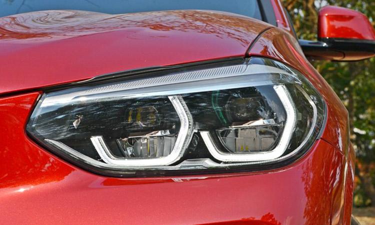ไฟหน้า BMW X4 xDrive20d M Sport X
