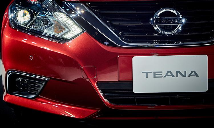 กระจังหน้า Nissan Teana Minorchange