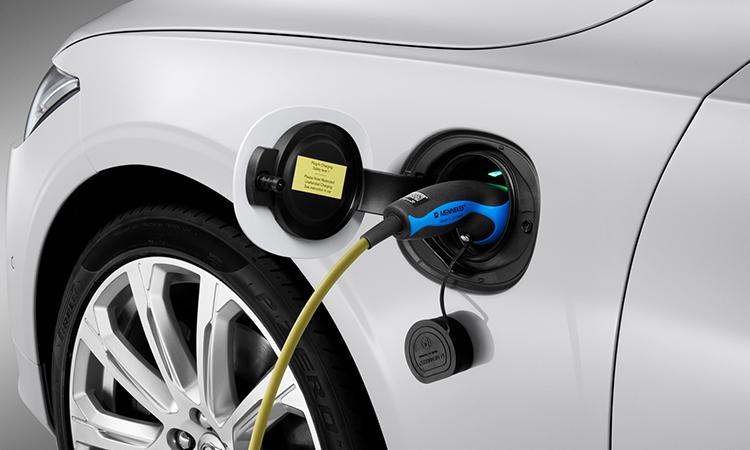 ที่ชาร์จไฟ Volvo S90 T8 Plug-in Hybrid