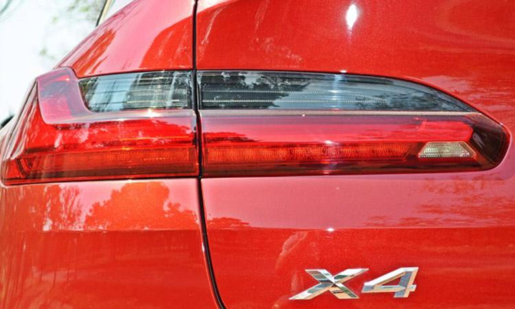 ไฟท้าย BMW X4 xDrive20d M Sport X