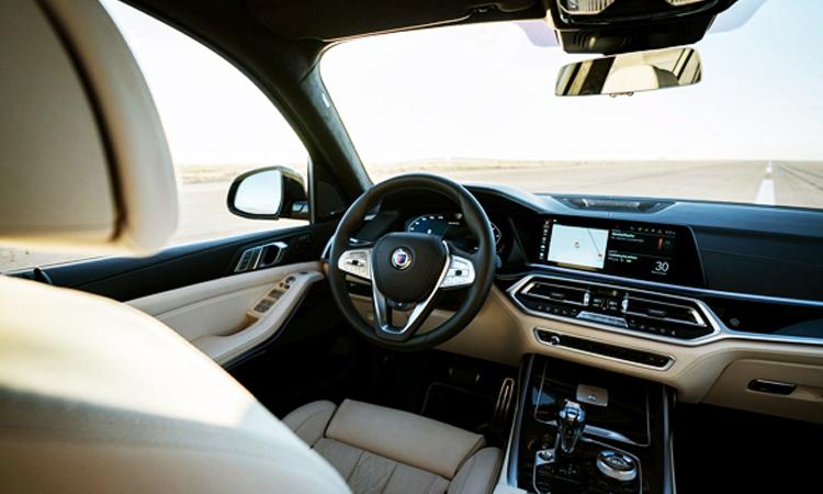 ภายใน BMW Alpina XB7