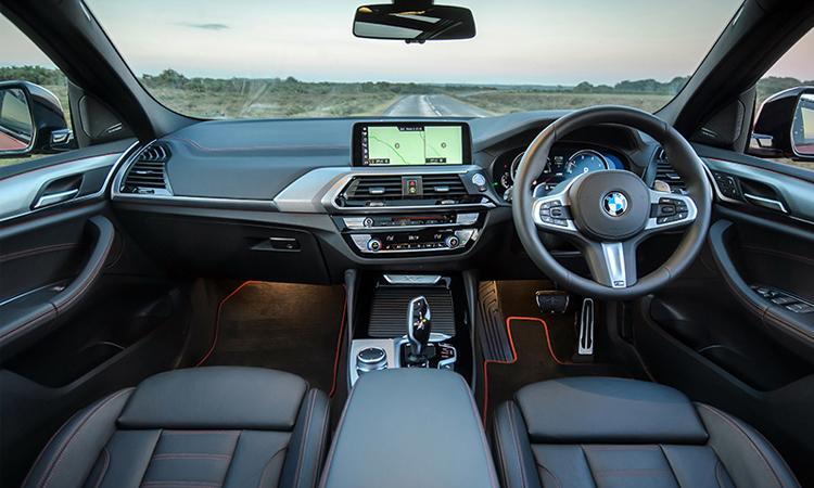 ดีไซน์ภายใน BMW X4 xDrive20d M Sport X