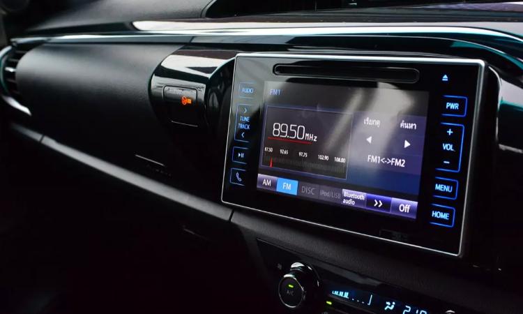จอกลาง Toyota New Hilux Facelift 2020