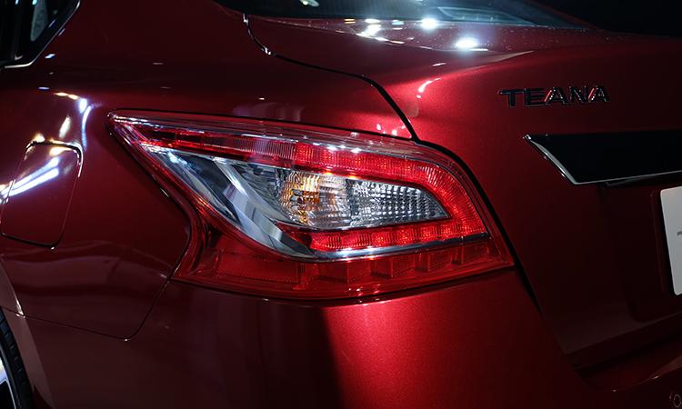 ไฟท้าย Nissan Teana Minorchange
