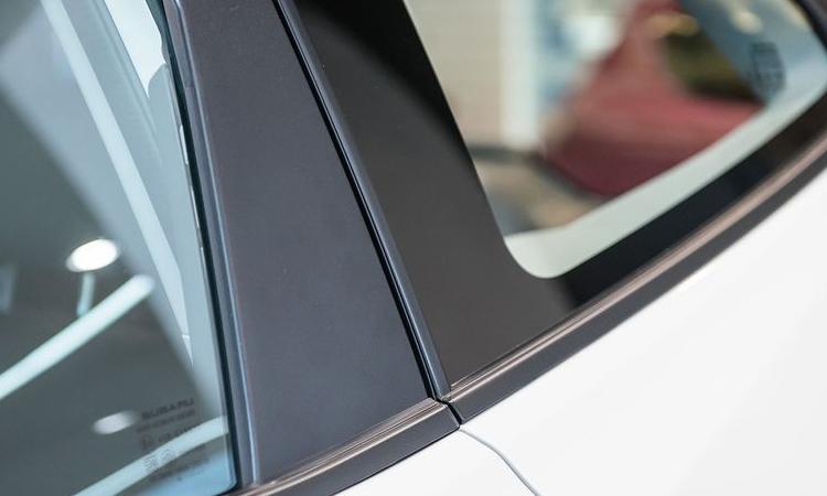 เสาประตู Subaru Forester STI
