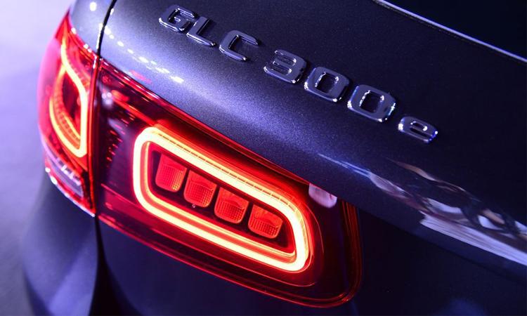 ไฟท้าย Mercedes-Benz GLC 300e Coupe'