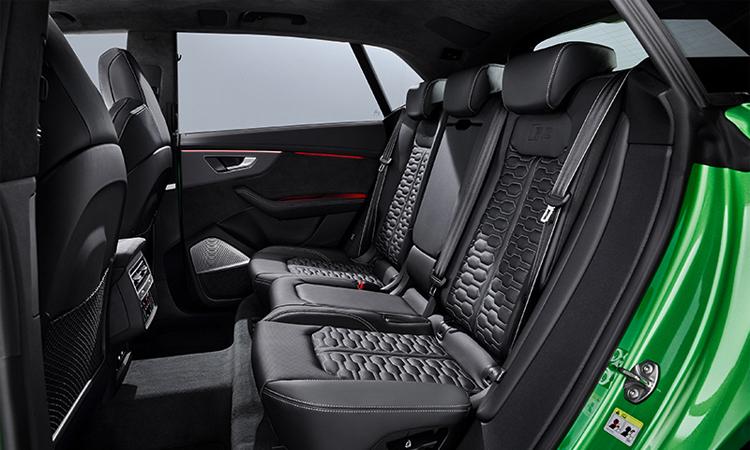 เบาะหลัง Audi RS Q8