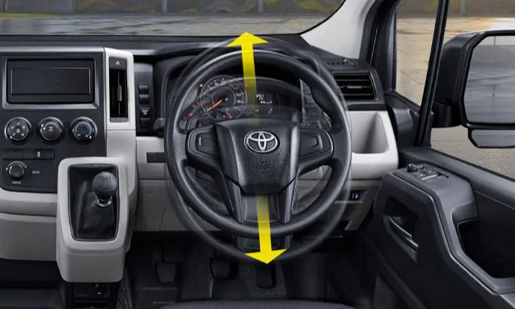 พวงมาลัย Toyota HiAce