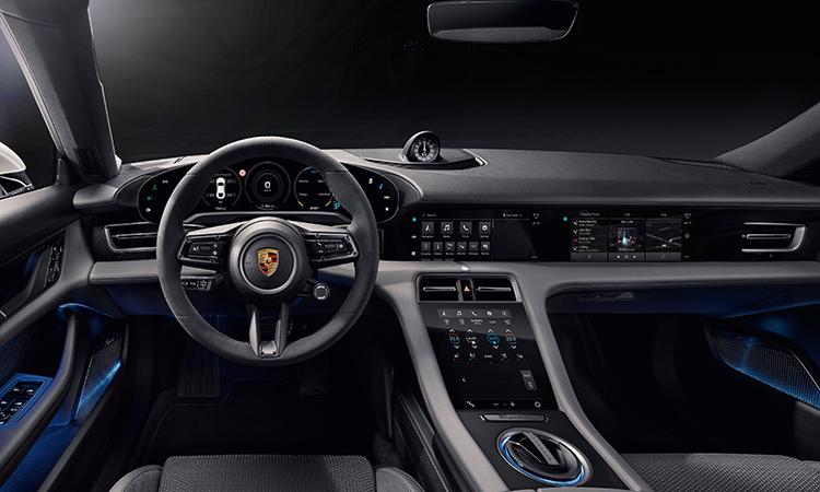 ภายใน Porsche TAYCAN