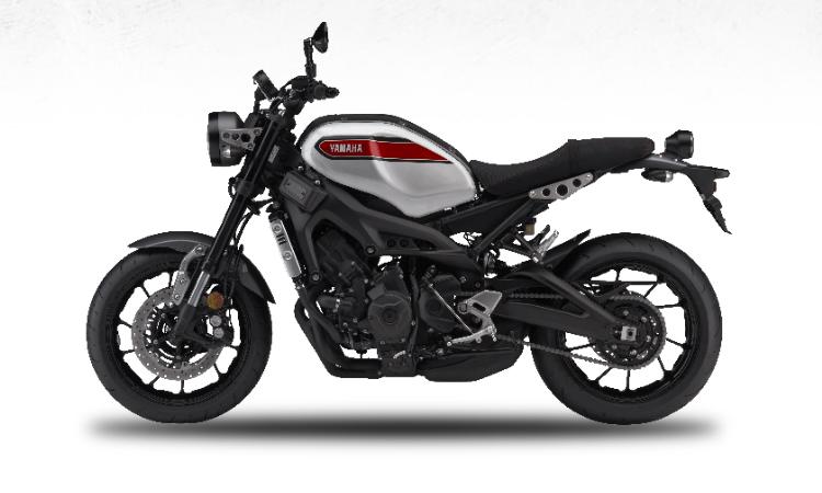 Yamaha XSR900 สีขาว