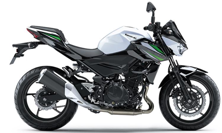 Kawasaki Z250 สีขาวดำ