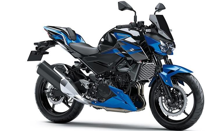 Kawasaki Z400 สีน้ำเงินดำ