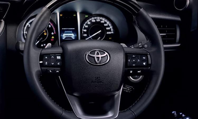 พวงมาลัย Toyota Fortuner LEGENDER