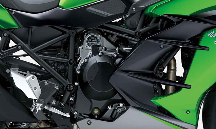 เครื่องยนต์ Kawasaki Ninja H2 SX SE+