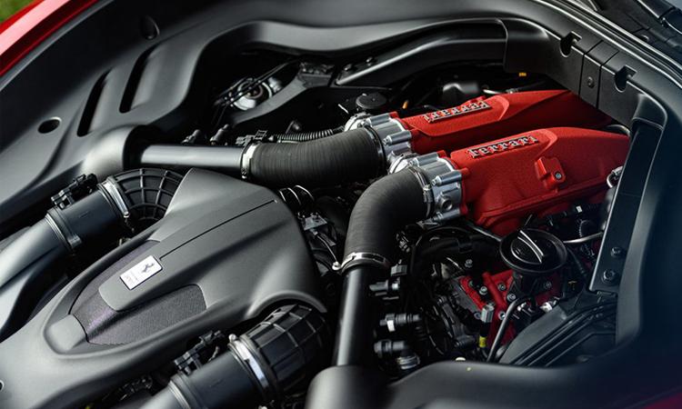 เครื่องยนต์ Ferrari Roma