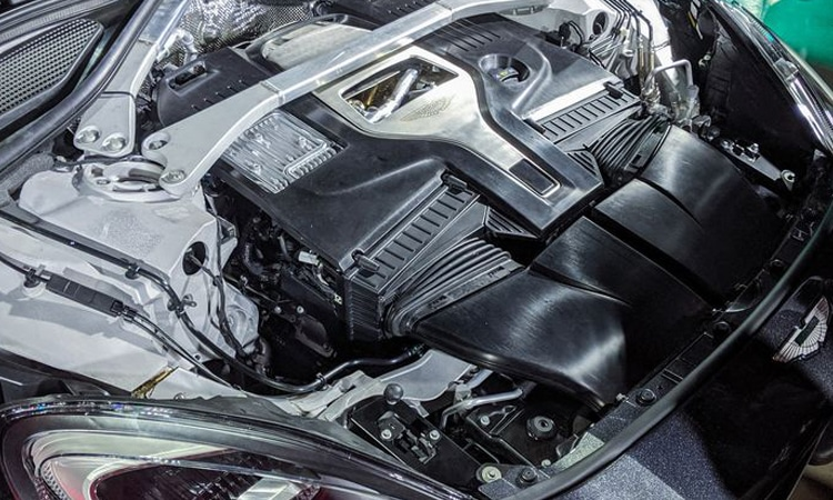 เครื่องยนต์ Aston Martin DBX