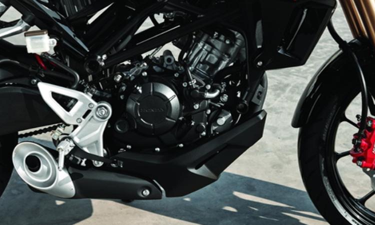 เครื่องยนต์ Honda CB150R