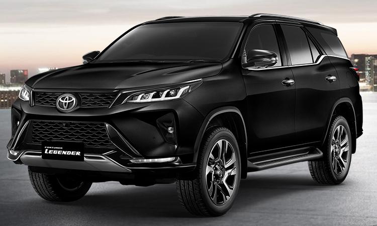 Toyota Fortuner LEGENDER สีดำ Attitude Black Mica
