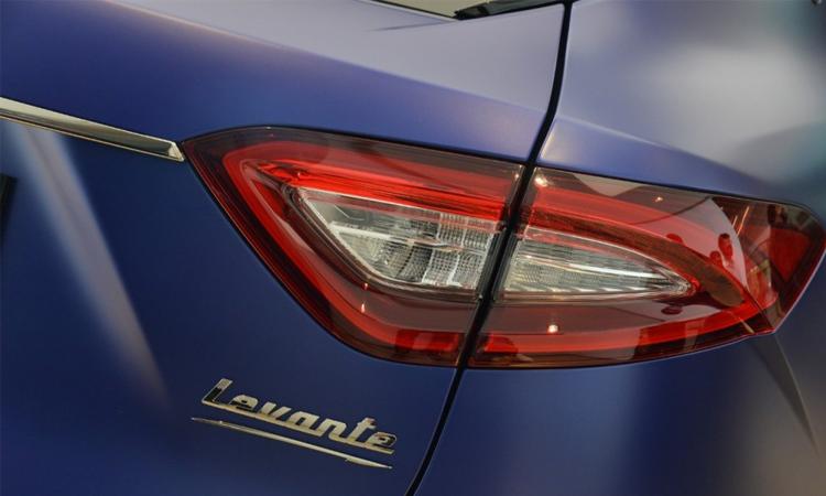 ไฟท้าย Maserati Levante Trofeo Launch Edition
