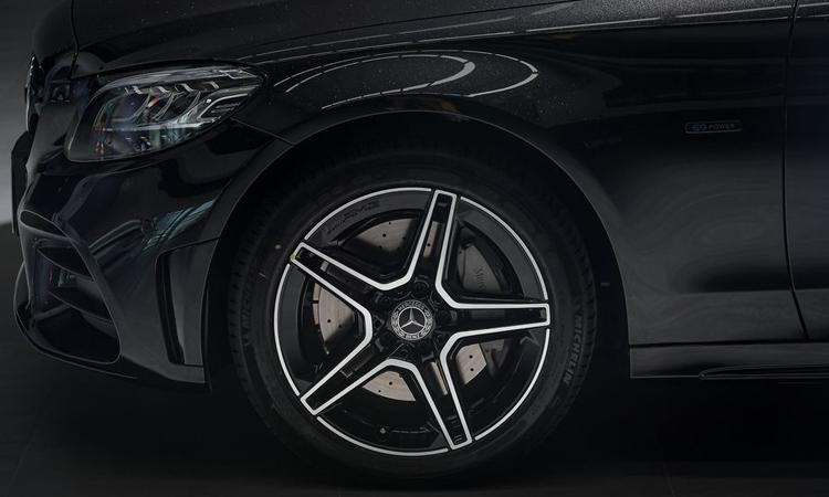 ล้อแม็ก Mercedes-Benz C 300 e AMG Sport