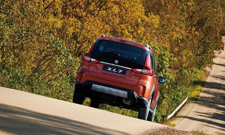 ดีไซน์หลัง All NEW Suzuki XL7