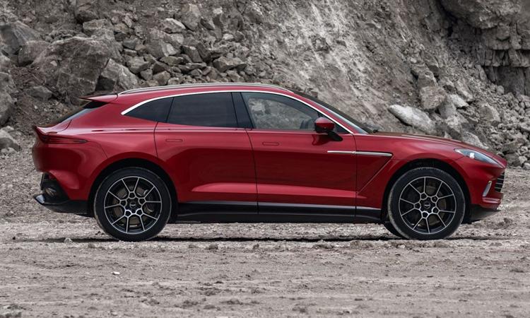 มิติตัวถัง Aston Martin DBX