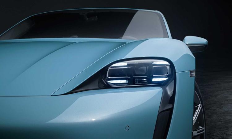 ไฟหน้า Porsche TAYCAN