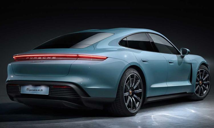 ดีไซน์ด้านหลัง Porsche TAYCAN
