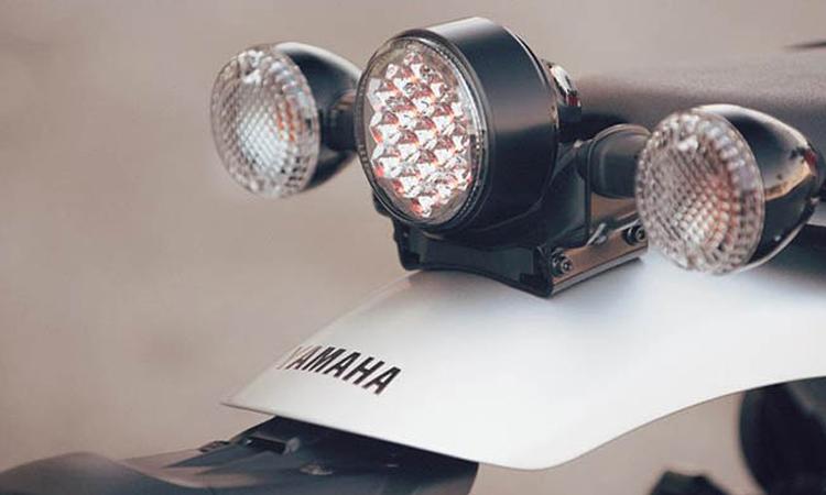ไฟท้าย Yamaha SCR950
