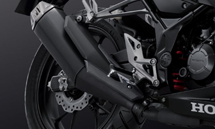 ท่อไอเสีย Honda CBR150R