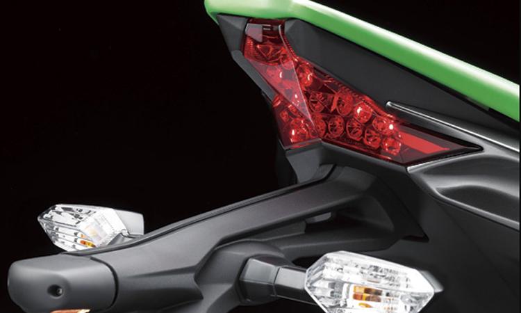 ไฟท้าย Kawasaki Z1000