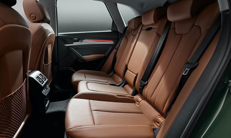 บาะหลัง Audi Q5 Minorchange
